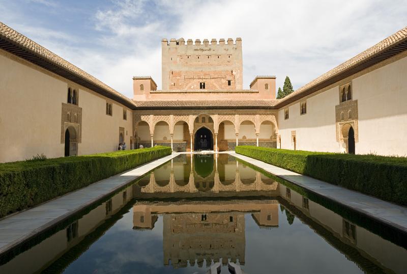 shutterstock_3529151 Alhambra