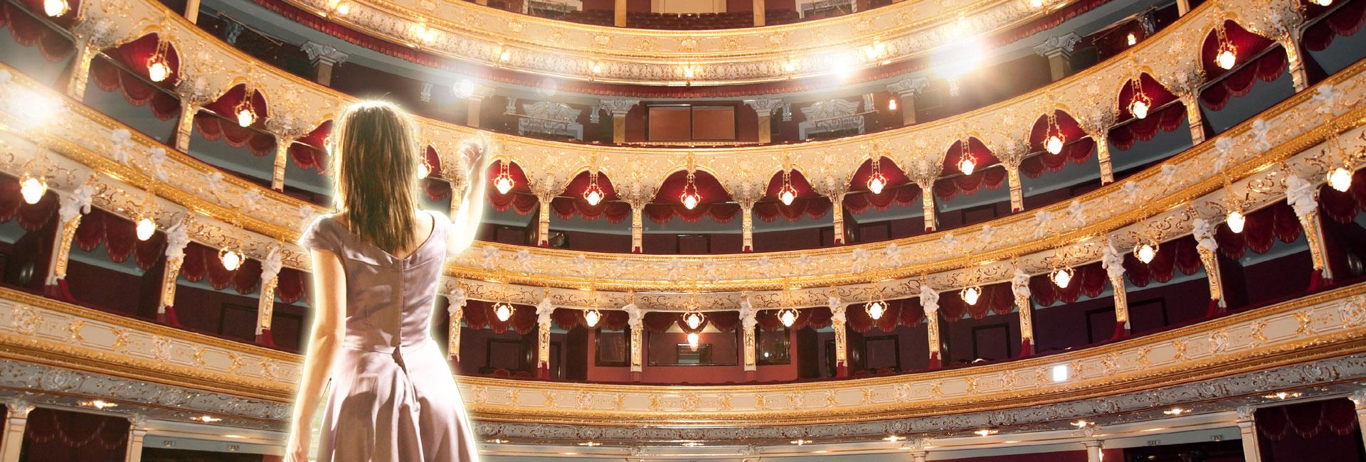 מהאופרה למחזמר