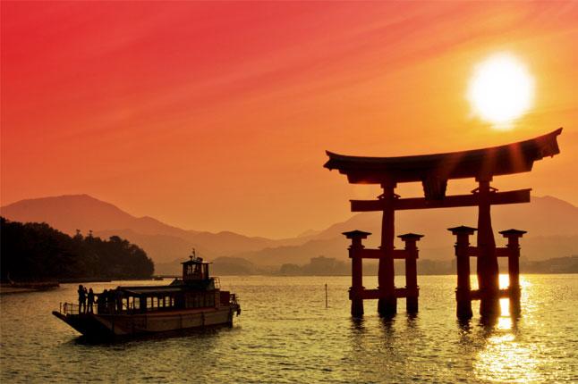 בין טוקיו לקיוטו